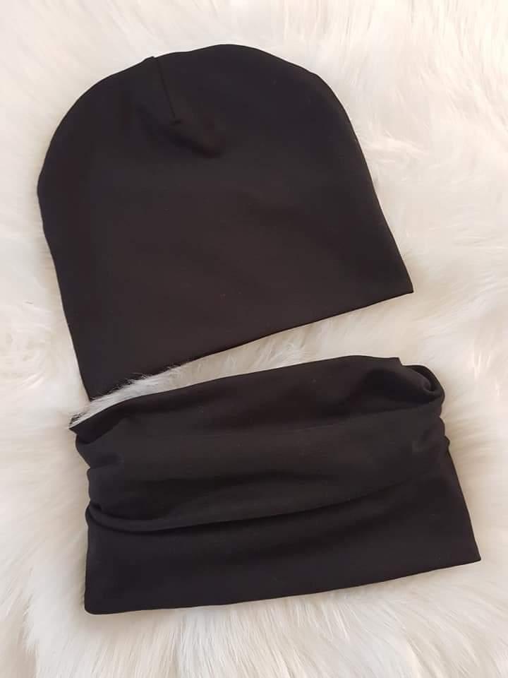 Handmade prechodná čiapka dvojvrstvová - čierna 40-42